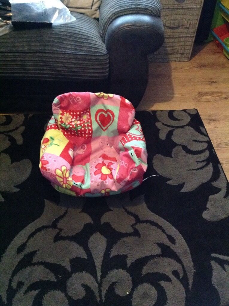 Peppa Pig Bean Bag Chair Age 1 3 Years In Neath Neath Port Talbot