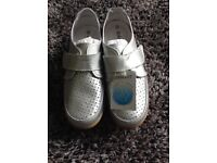 BRAND NEW LADIES SILVER DAMART SHOES - Size 5