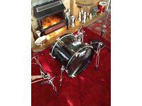 Drum, symbols and pedal.