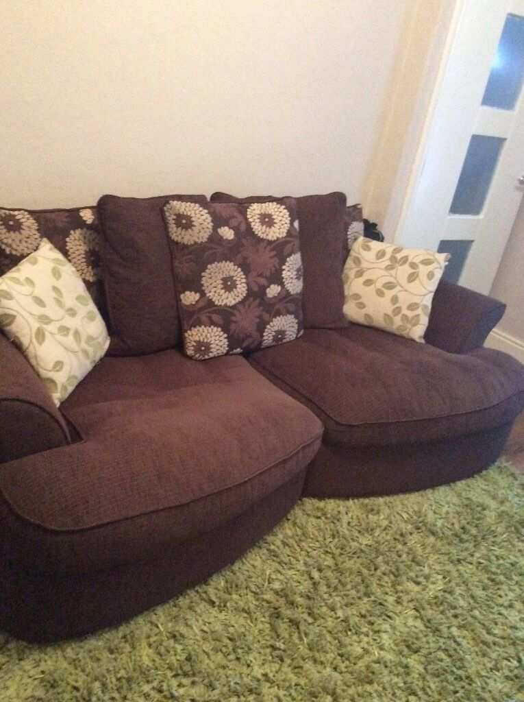 Quick sale 3 seater sofa in keighley west yorkshire for Furniture keighley