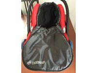 Maxi-Cosi CabrioFix car seat **incl. footmuff** 0-12m 0-13kg good condition