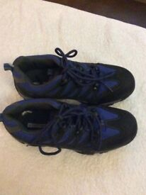 BRAND NEW WITH TAG CHILDREN'S MOUNTAIN WAREHOUSE TRAINERS SIZE 1