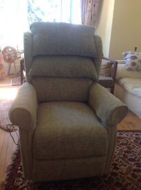 Rising recliner chair, electrically powered