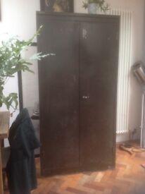 Metal cabinet/Wardrobe