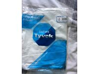 5 Tyvek Classic CHF5 disposable coveralls- size S