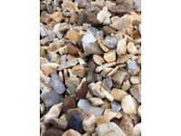 20 mm cotters gold garden and driveway chips / gravel