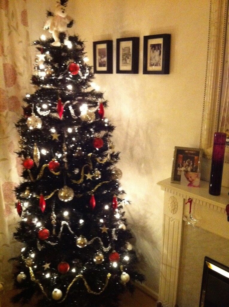 6ft Black Christmas Tree. Boxed and in good condition