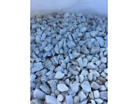 20 mm white Spanish marble garden and driveway chips