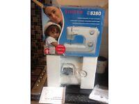 Singer sewing machine 8280 NEW