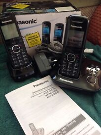 Panasonic 2 home phone system with answer machine as new