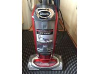 Shark lift away vacuum cleaner