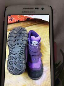 Kids purple snow boots size 8 *brand new*