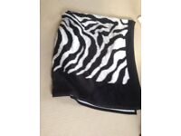 Double black and white bed throw