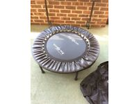 Pro bounce / rebounder / folding trampoline with handle for stability