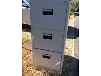 Nearly new light grey 3 drawer filing cabinet