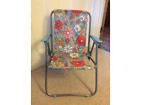 Catch Kidson flowery folding chair