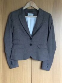 Women's Jacket. Coat. H&M Brown - Beige Check Fitted Jacket. Size 10