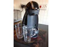 Nescafé dolce gusto DeLonghi coffee machine
