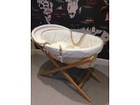Mamas & Papas Moses Basket including stand, quilt and sheets