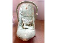 Baby Bouncer, 2 Vibration Settings, Excellent Condition