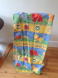 fully lined childrens curtain,