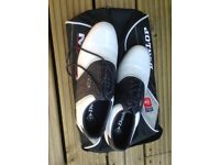 Ladies Leather Dunlop Golf Shoes size 7 white & navy in Dunlop shoe bag