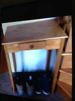 Meuble en bois avec tiroir et miroirs