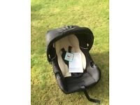 First size baby car seat (never used)