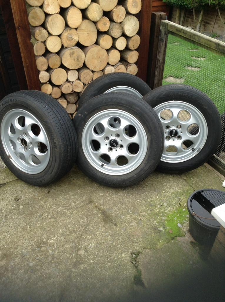 For sale 4 alloy wheels to fit 2005 mini complete with tires
