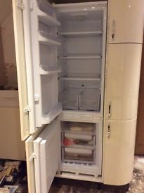 Hotpoint Integrated Fridge Freezer