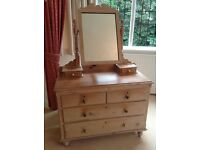 Pine dressing table with mirror