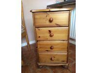 Pine four drawers unit