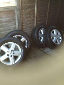 Nissan x trail alloy wheels and really good tires £210