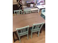 Table 4 x chairs