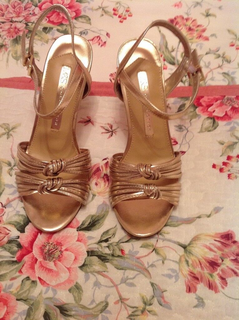 Marks & Spencer Gold Sling Back Insolia Shoes Size 5 1/2