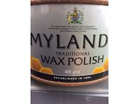 Wax polish for wood