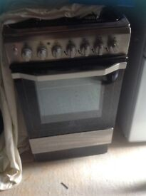 Gas cooker / electric oven