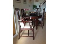 Georgian solid mahogany extending dining table, 4 chairs and 2 carvers