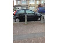 I'm selling my fiat punto 1.2 sport active the car has 78000 on the clock and mot till October 2018
