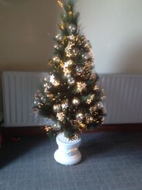 4 ft fibre optic Christmas tree