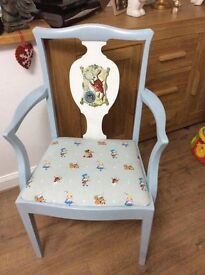 Alice in wonderland carver chair