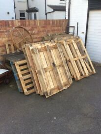 Free Pallets in East Dulwich