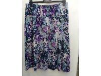 M&S Skirt - Size 16 - Very Pretty - Stretch - Elasticated Waist