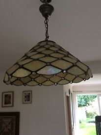 TIFFANY ELECTRICAL FITTING LAMPSHADE