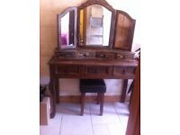 DRESSING TABLE AND MIRROR WITH STORAGE DRAWERS, GREST PIECE, BARGAIN
