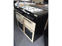 Leisure 100cm cream range cooker with glass lid. £850 new/graded 12 month Gtee