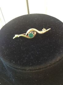 ** Reduced Price ** Genuine Emerald Set in Solid Gold Brooch