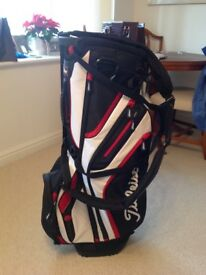 Titleist Players 14 Divider Stand / Trolley Golf Bag, hardly used