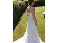 Vintage lace ivory wedding dress size 10-12
