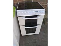 White hot point ceramic cooker 60cm....free delivery